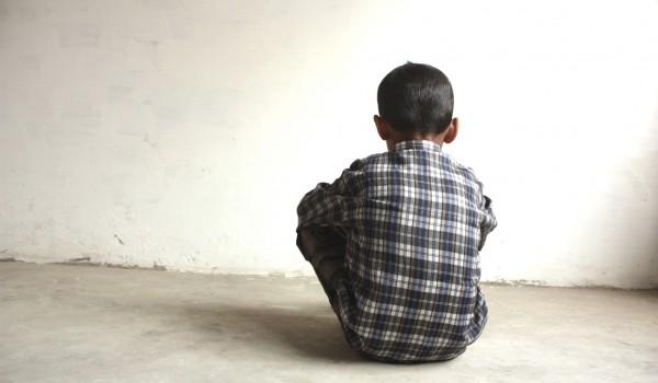 Un hombre de 22 años viola a un niño de 10 años