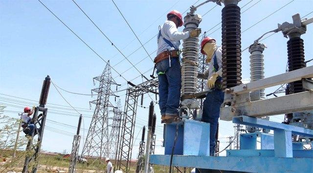 Corpoelec realiza mantenimiento eléctrico en Guárico