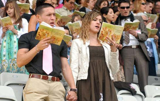 Rusia  prohibe obra de Los Testigos de Jehová