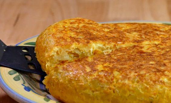 Tortilla de Patatas light. Con Casi la MITAD de Calorías!!!